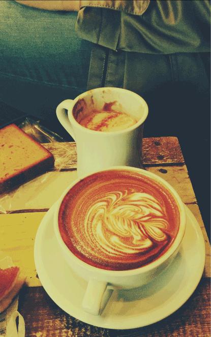 moccalicious | Café am Hochufer | 12 Uhr